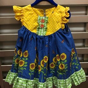 Eleanor Rose sunflower dress size 2